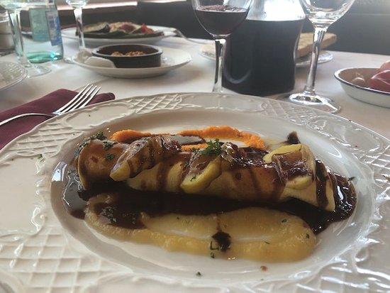 Llica d'Amunt, Tây Ban Nha: menudo descubriiento: canelon de magret y foie al Oporto. No he comido nada mejor desde hacía tiempo