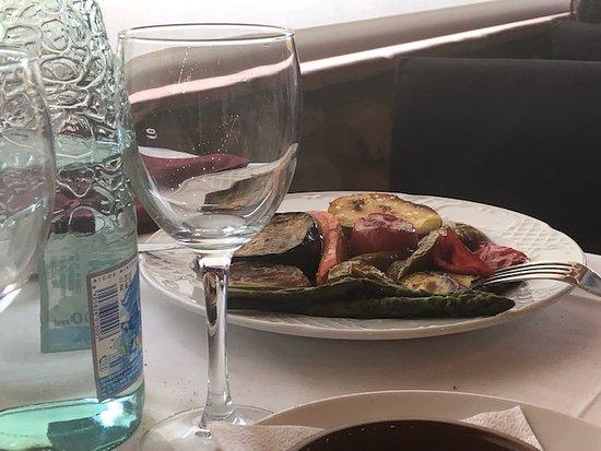 Llica d'Amunt, Tây Ban Nha: parrillada de verduras exquisita