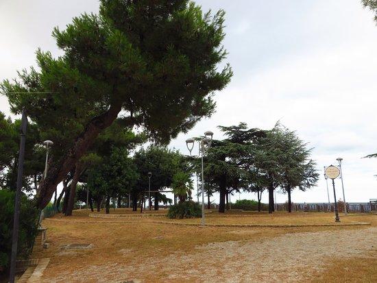 I Giardini Del Parco Foto Di Parco Della Fortellezza E
