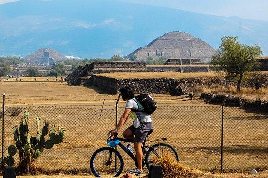 Teotihuacan de Arista ภาพถ่าย