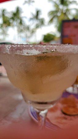 Excelente servicio y un gran sabor frente a la Ocean Drive Miami Beach