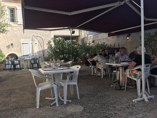 Le Grand-Pressigny, צרפת: Nice food