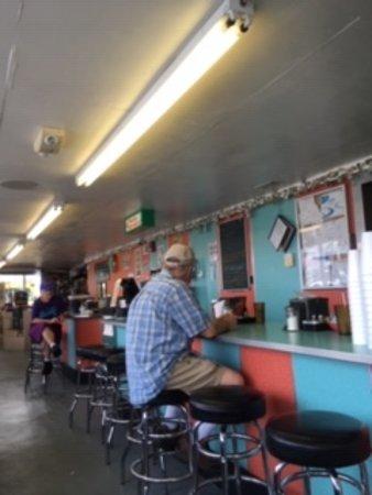 Southampton, NJ: Restaurant, White Dotte's