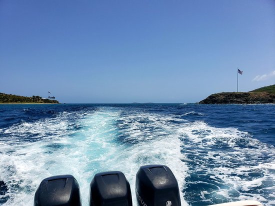 Island Hoppin VI