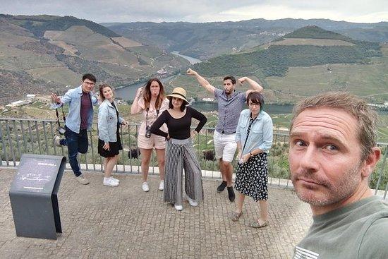 DOURO VALLEY com visita à vinícola e...