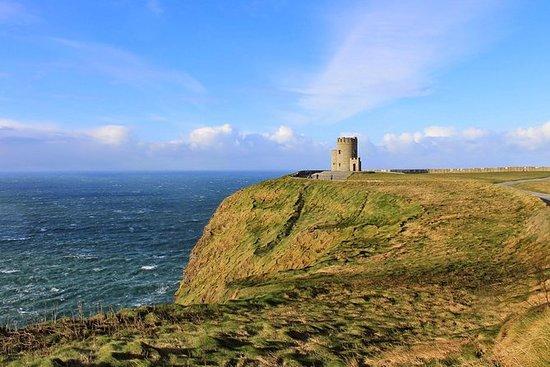 Cliffs of Moher privat dagstur - en...