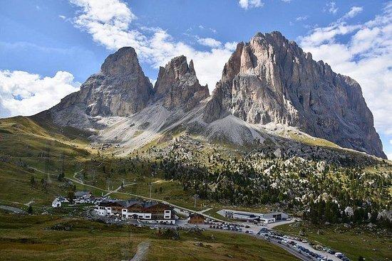 ヴェローナから:終日ドロミテ山脈旅行