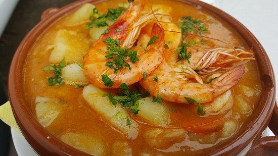Arafo, ספרד: Degusta nuestra marmita de langostinos
