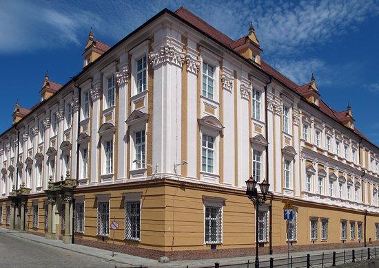 Nysa, Polska: getlstd_property_photo