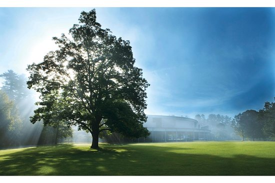 Summer Sundays at Tanglewood - Bus Service from Boston to Tanglewood and back