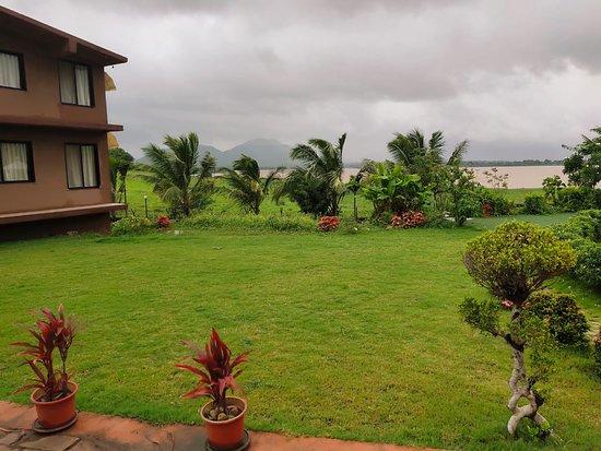 NIRVANA NATUROPATHY & RETREAT (Igatpuri, Maharashtra