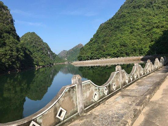 Zdjęcie Ninh Thang