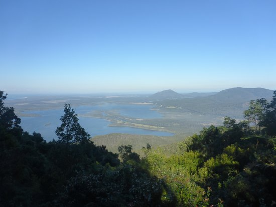 Camden Haven, Australie: View South towards Crowdy Bay NP