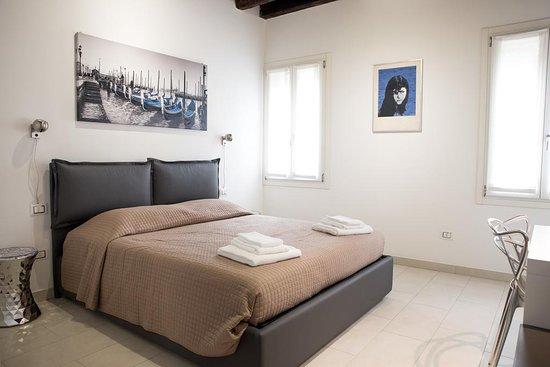 Giudecca, Italia: Venetianmood appartamento per 4 persone con una camera matrimoniale, bagno con doccia, cucina e salotto con divano letto