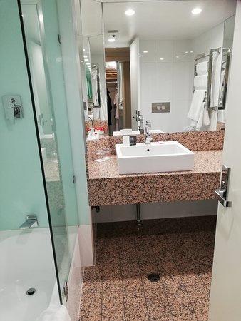 Sparkling, spotless bathroom