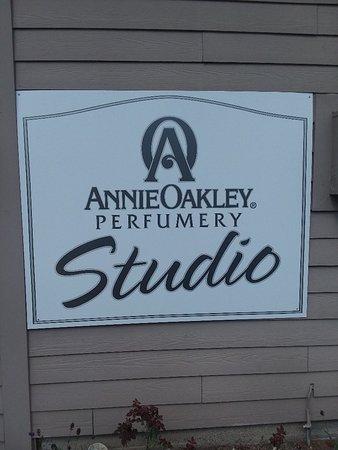 Annie Oakley Perfume Factory Tour
