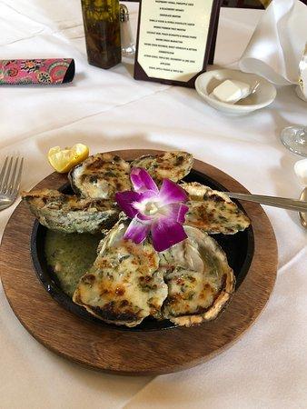 Moonachie, NJ: Perfect Oysters Rockefeller!
