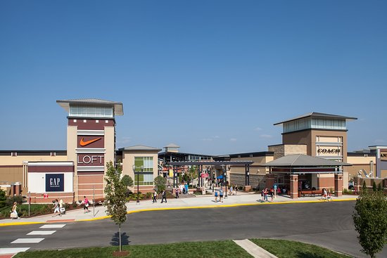 Chesterfield, MO: St. Louis Premium Outlets