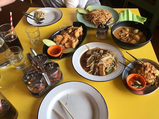 Bilde fra Supha's Street Food Emporium