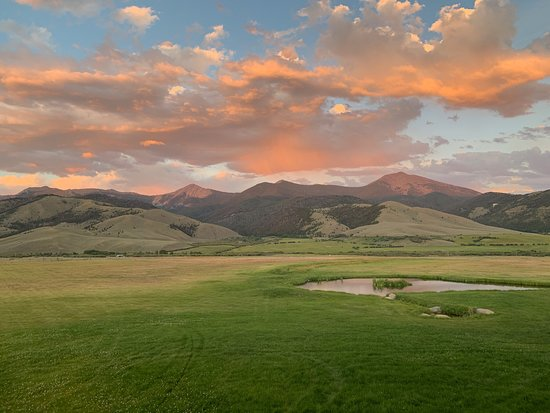 Montana High Country Lodge Picture