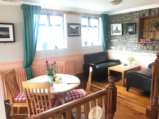 Dunlavin, אירלנד: Inside