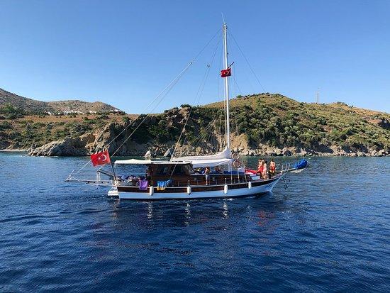 Yakamoz Yacht