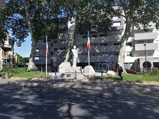 Monument en souvenir de la Résistance de la Nièvre
