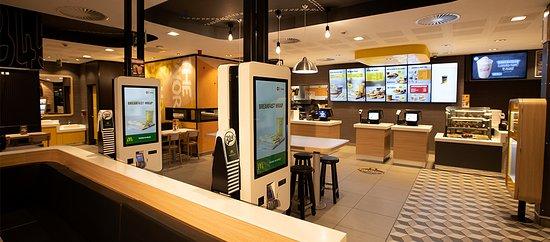 Amanzimtoti, דרום אפריקה: McDonalds