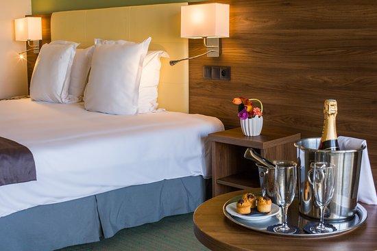 Pictures of Holiday Inn Cannes, an IHG hotel - Cannes Photos - Tripadvisor