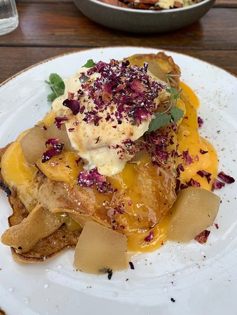 A Minor Place: The French Toast- SO saucy, could do with a tiny bit less of the sweet dressing but all in all so flavoursome.