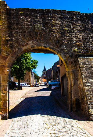 Hombourg-Haut, ฝรั่งเศส: The gateway to Hombourg L'Eveque, France, a beautiful old town.