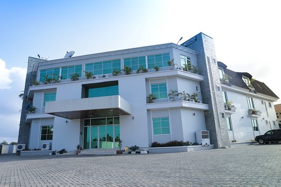 Akure, Nigeria: Heritage continental hotel has got a wonderful view and exceptional facilities for that wonderful experience you have always wanted.