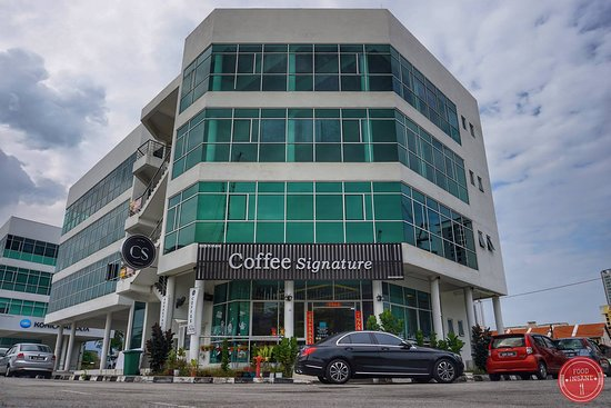 Jelutong, มาเลเซีย: Outlook Coffee Signature Penang