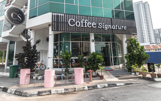 Jelutong, ماليزيا: Outlook Coffee Signature
