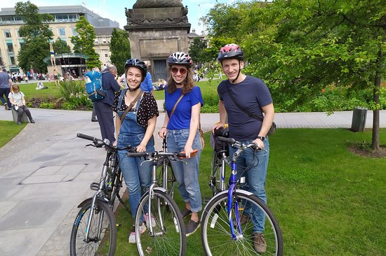 Wild About Edinburgh Tours