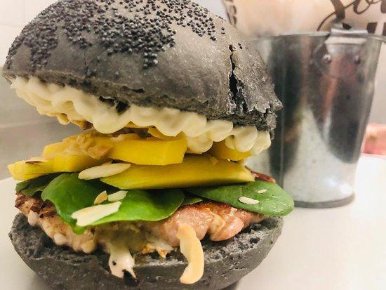 Soul Burger & More: Burger