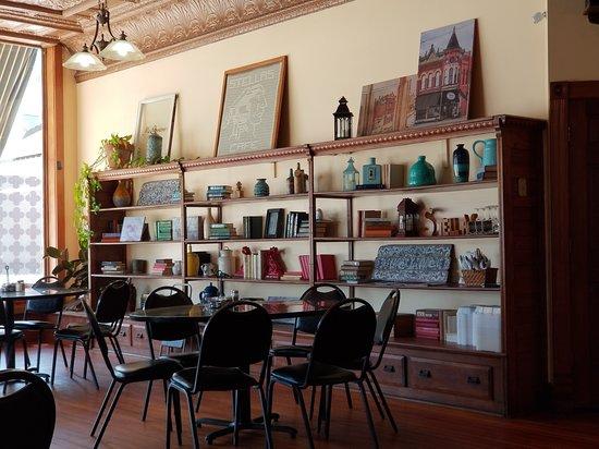 Stockton, IL: books and bric-a-brac give Stella's Cafe a homey feeling