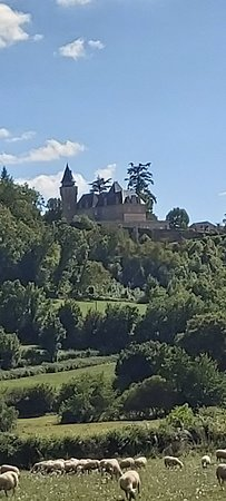 Chateau de Roumégouse, langs de weg van Rignac naar Rocamadour.