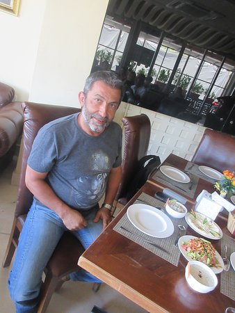 Mohammad Malkawi many thanks to visit Zamurd restaurant with your tourist group.