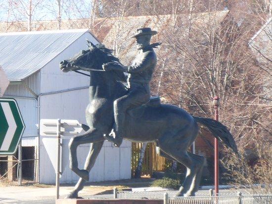 Thunderbolts Statue