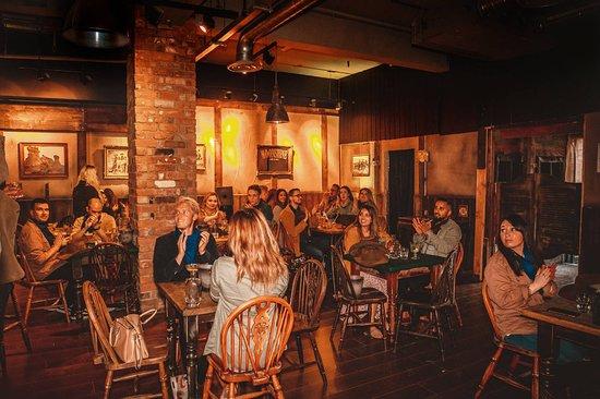 Moonshine Saloon : Visiting bootleggers.
