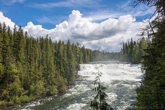 Wells Gray Provincal Park, Καναδάς: Dawson Falls on the Murtle River in Wells Gray Provincial Park, British Columbia, Canada. The falls were named after George Herbert Dawson, the Surveyor-General for British Columbia from 1912-1917.
