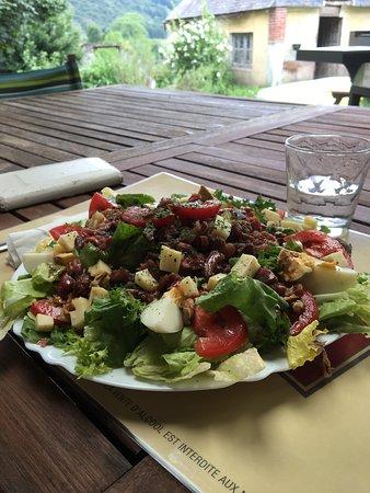 Heches, ฝรั่งเศส: Salade composée