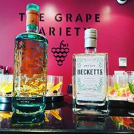 Chipstead, UK: Some of the Local gins that we stock