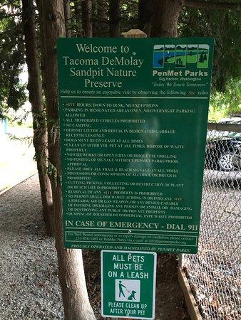 Fox Island, WA: Sign on way in