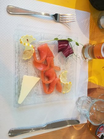 Tartas, Frankrike: Saumon fumé maison