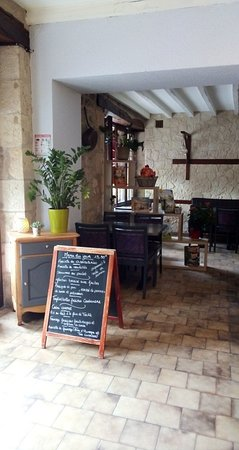 Saint-Savin, Francia: Bienvenue au Restaurant Le Saint Savin