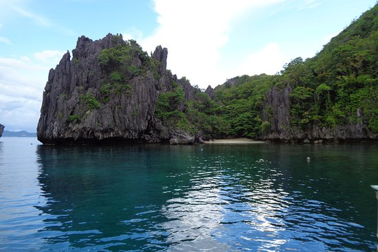 World Holiday Transport & Rental services palawan