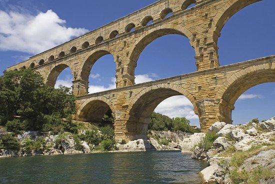 乘火车去普罗旺斯和阿维尼翁一日游
