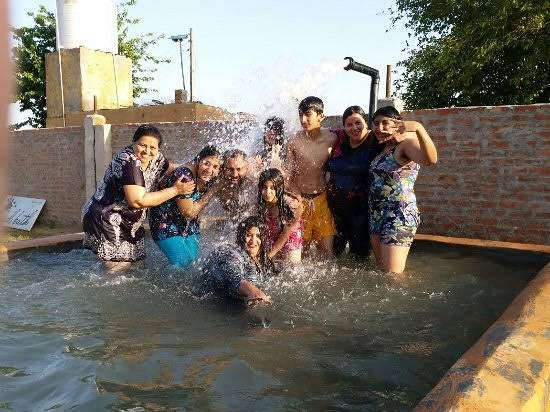 Sri Muktsar Sahib District, อินเดีย: it is tubewell simming . this type of swimming u can experince in punjabi village .its totaly diffrent other swimming pools
